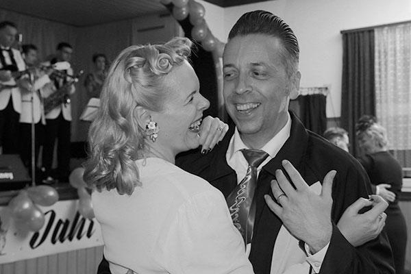 Damals glücklich tanzend als Paar